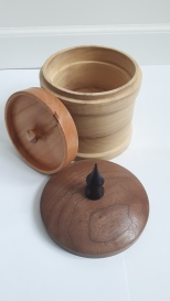 Needlecraft Pot